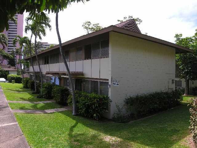 Tropic Gardens I The Honolulu Hawaii State Condo Guide Com