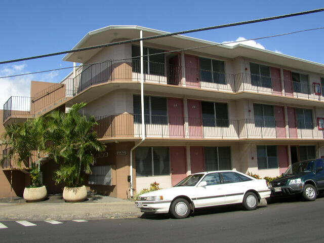 WHITE PEARL APARTMENTS-The Honolulu, Hawaii State Condo ...